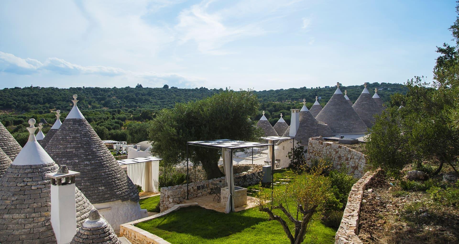 Borgo Canonica: trulli di charme nella Valle d'Itria